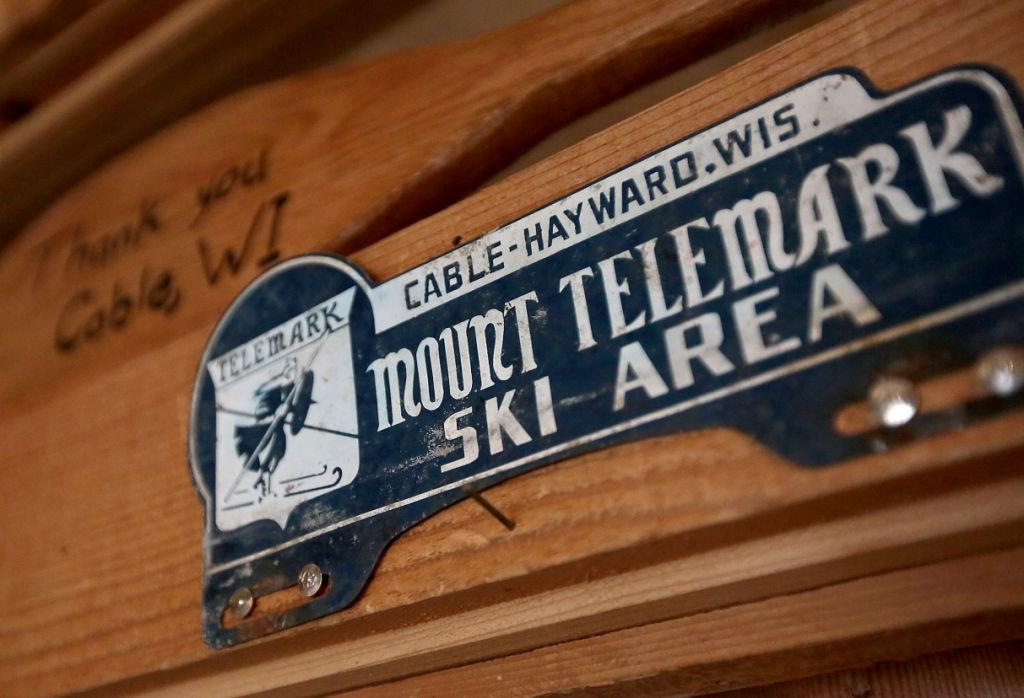 telemark-ski-chalet-historic-sign-diaz-cooper